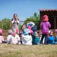 visita-nens-granja-les-pedreres